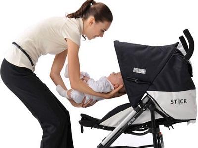 Xe đẩy cho bé: Chọn xe an toàn