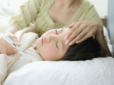Đối điện thẳng vấn đề trẻ sơ sinh ngủ nhiều có tốt không