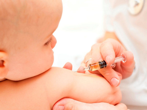 Lịch tiêm chủng cho trẻ năm 2019 bố mẹ cần ghi nhớ ngay