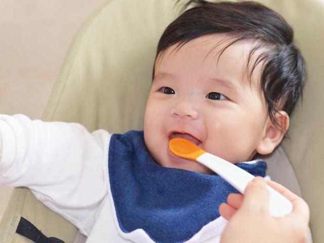 """Cách nấu cháo dinh dưỡng cho bé """"lớn nhanh như thổi"""""""