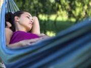4 cách giúp bà bầu dễ ngủ: Đơn giản đến không ngờ!