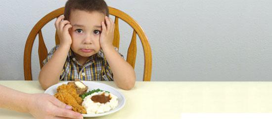 Những sự thật mẹ cần biết khi trẻ biếng ăn